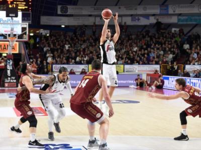 LIVE Virtus Bologna-Venezia 81-82, Coppa Italia basket 2020 in DIRETTA: i veneti eliminano gli emiliani ai supplementari, con un canestro di Daye