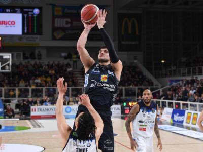 Basket, Serie A 2020: Cantù e Trento fermano Venezia e Brescia, Pistoia fa sua la sfida salvezza