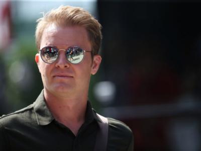 """F1, Nico Rosberg accusa Sebastian Vettel: """"Un evidente errore di valutazione, ne commette continuamente"""""""
