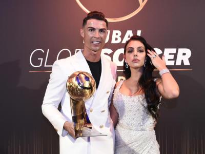 Cristiano Ronaldo miglior giocatore del secolo. CR7 batte Messi ai Globe Soccer Awards