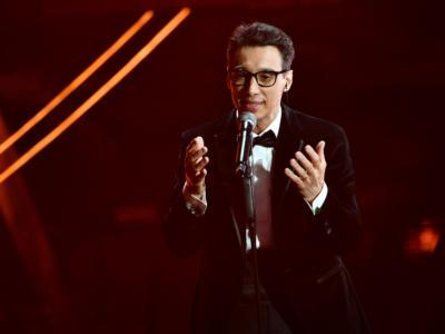 """VIDEO Paolo Jannacci Sanremo 2020, l'esibizione in finale con """"Voglio parlarti adesso"""""""