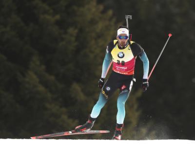 Biathlon, Martin Fourcade si prende l'oro nell'individuale dei Mondiali 2020 ad Anterselva, Johannes Bø ancora battuto. Hofer 13°