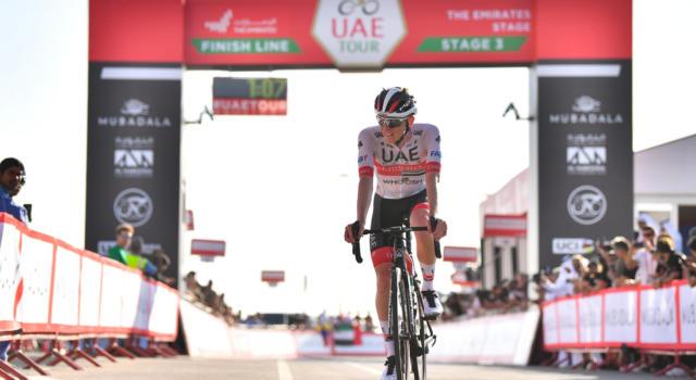 UAE Tour 2020: Tadej Pogacar beffa in volata Alexey Lutsenko, Adam Yates in controllo ipoteca la classifica