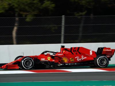 F1, la griglia di partenza del Mondiale dopo i Test di Barcellona. Red Bull spaventa la Mercedes, Ferrari in seconda fila
