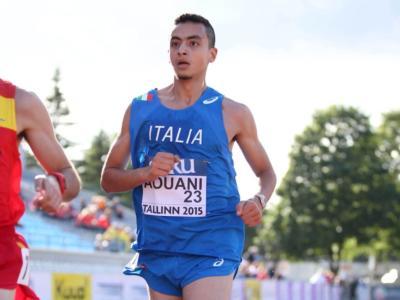 Atletica, Iliass Aouani firma il record italiano sul miglio: sfiorato il muro dei 4 minuti a Boston