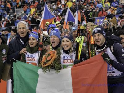 """Biathlon, Mondiali Anterselva 2020. Hofer: """"L'energia positiva dei tifosi si è sentita"""", Windisch: """"Bellissimo poter tagliare il traguardo così"""""""