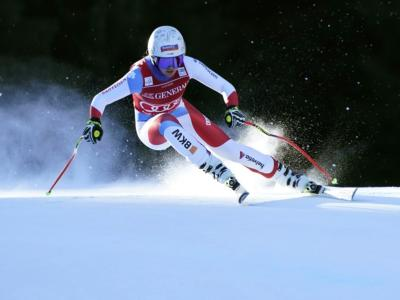 VIDEO Corinne Suter trionfa nella discesa mondiale a Cortina. Ottava Elena Curtoni