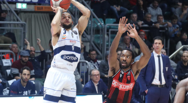 LIVE Brescia-Fortitudo Bologna 73-76, Coppa Italia basket 2020 in DIRETTA: la Pompea vola in semifinale a Pesaro!