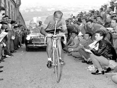Giro d'Italia 1955, la Maglia Rosa di Fiorenzo Magni. La terza per il vincitore più anziano