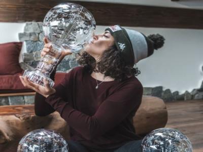 Sci alpino, Federica Brignone ha ricevuto la sfera di cristallo della Coppa del Mondo