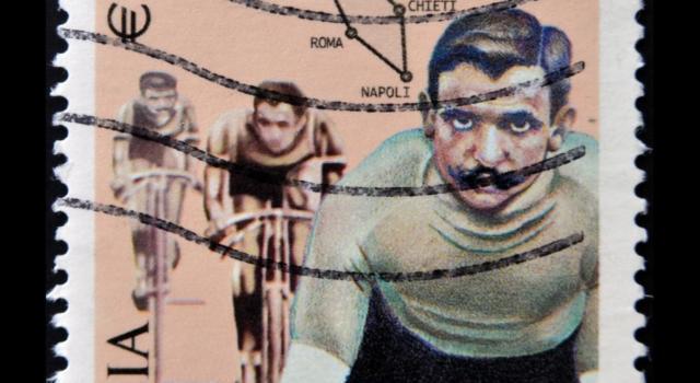 Luigi Ganna, il primo vincitore del Giro d'Italia. Il muratore che divenne un mito del ciclismo italiano