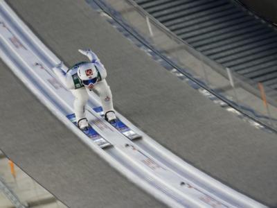 Salto con gli sci: Norvegia senza rivali nella gara a squadre di Oslo in Coppa del Mondo 2020. Schmid guida il Raw Air Tournament
