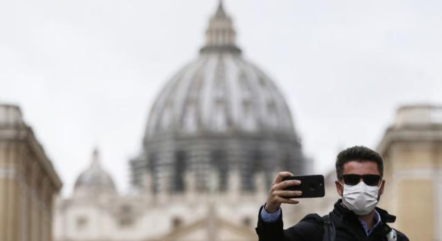 Italia in zona rossa: che significa, cosa si può fare e non fare. 3 mesi di carcere per i trasgressori