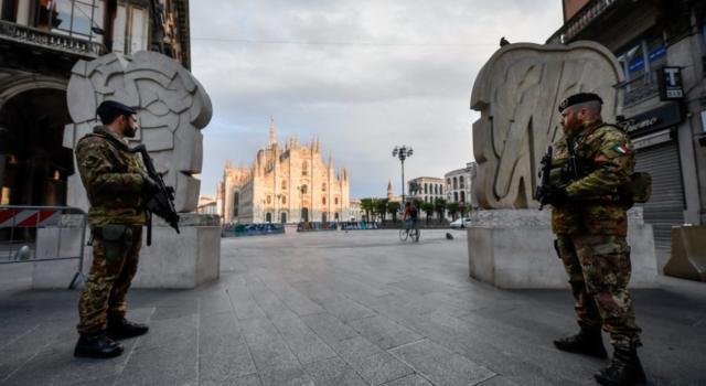 Italia in zona rossa coronavirus: cosa resta aperto e cosa chiuso. Le novità e l'elenco completo