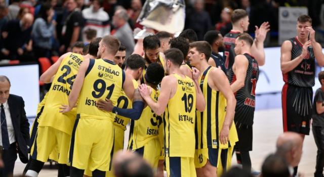 Basket: Fenerbahce, quattro positività al coronavirus tra cui un giocatore