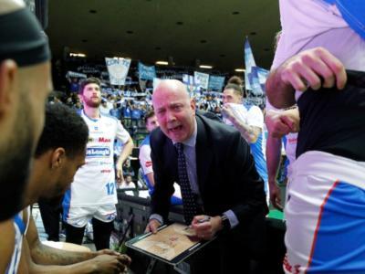 Basket, mercato 2020-2021: le trattative delle squadre di Serie A. Menetti rinnova con Treviso, Vojvoda torna in Ungheria