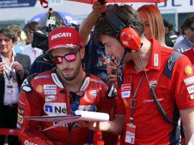 MotoGP, GP Aragon 2020: il mancato gioco di squadra in Ducati. Dovizioso eliminato da Petrucci e da Miller