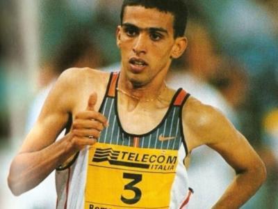 Atletica, i record del mondo: il mitico 3'26″00 nei 1500 metri, Hicham El Guerrouj strabilia a Roma nel 1998 – VIDEO