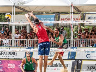 Addio beach volley in estate: non si potrà giocare al mare, vietato lo sport in spiaggia