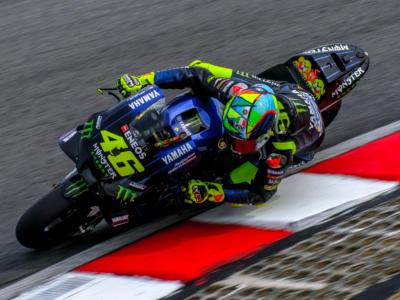"""MotoGP, Graziano Rossi: """"Valentino se decide di proseguire può correre ancora 4 anni"""""""