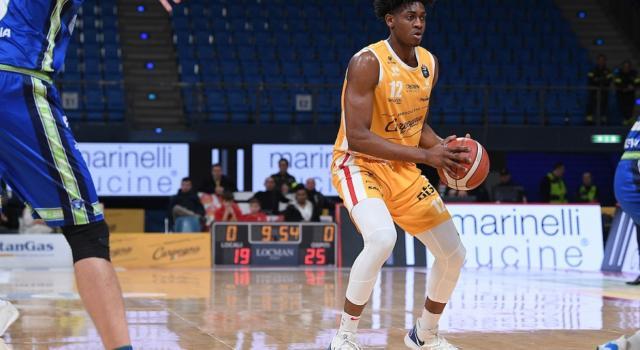 Basket, il talento e l'atletismo di Paul Eboua. Dall'Italia ad una possibile chiamata in NBA