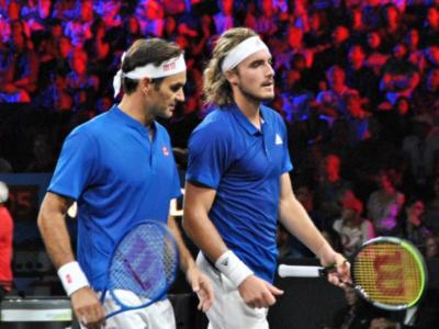 Tennis, Stefanos Tsitsipas l'erede di Roger Federer? Analogie e differenza tra l'ellenico ed il maestro svizzero
