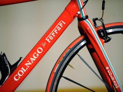 Ciclismo, Colnago passa nelle mani degli arabi. Ceduta la maggioranza della storica azienda milanese