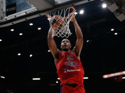 Basket: Olimpia Milano, turbinio di mercato. Kyle Hines vicinissimo, Gudaitis e Della Valle in uscita
