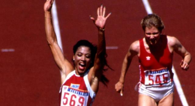 Atletica, i record del mondo: Florence Griffith-Joyner e i 200 metri volati in 21″34