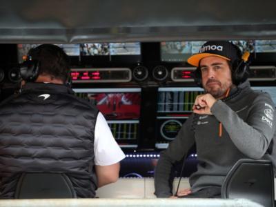 """F1, Fernando Alonso non si nasconde: """"Ho dovuto cambiare stile di guida"""". E su Hamilton…"""