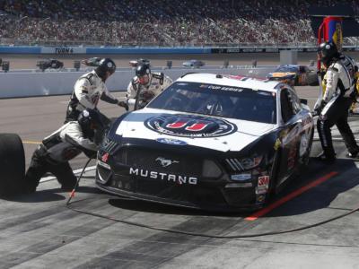 VIDEO NASCAR, highlights 400 Miglia Darlington: Kevin Harvick trionfa sull'ovale, che ripresa dopo il lockdown