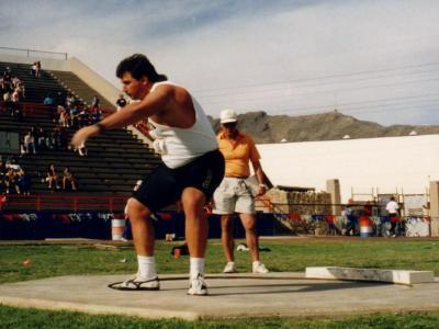 Atletica, i record del mondo: il 23,12 di Randy Barnes nel getto del peso. Una spallata che resiste da 30 anni!