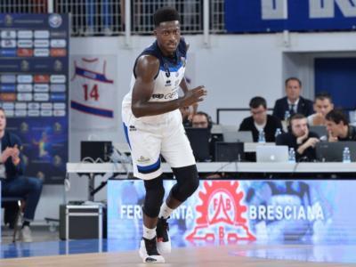 Basket: Awudu Abass saluta Brescia, Sassari ufficializza Jason Burnell. Varese, c'è Giovanni De Nicolao. Scola ancora in Italia?
