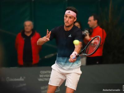 Tennis, Campionati Italiani 2020: Andrea Arnaboldi domina contro Andrea Vavassori e conquista la finale