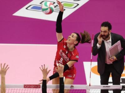 """Volley, Alessia Gennari: """"Busto Arsizio è casa mia, si riparte quasi da zero. Sogno Tokyo in azzurro"""""""
