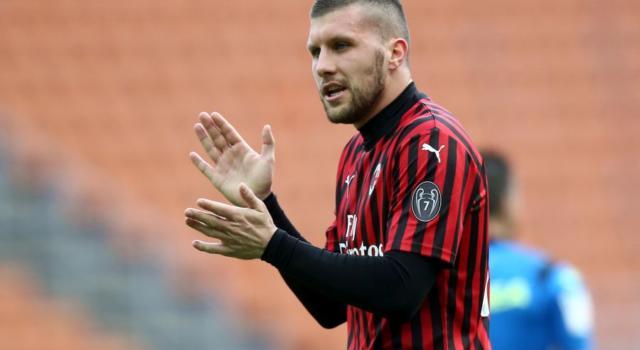 LIVE Lecce-Milan 1-4, Serie A 2020 in DIRETTA: pagelle e highlights. Rebic e Theo Hernandez scatenati