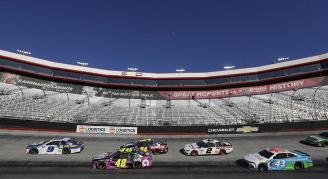 NASCAR 2020, Folds of Honor QuickTrip 500: orario d'inizio, programma, tv, streaming