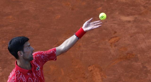 Tennis, Adria Tour 2020: Novak Djokovic sconfitto a sorpresa da Filip Krajinovic! Si complica la strada verso la finale