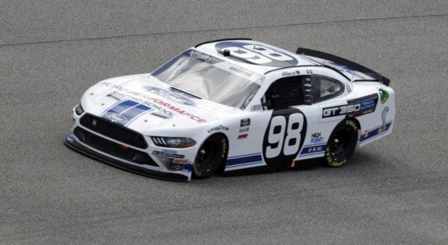 NASCAR Xfinity Series, Chase Briscoe si impone in Kansas
