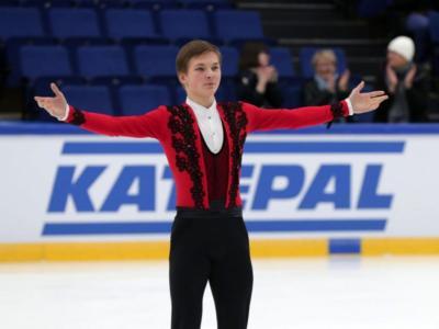 Pattinaggio artistico: Kolyada ritorna in scena e vince la terza tappa della Coppa Di Russia. Sorpresa Usacheva nello short femminile