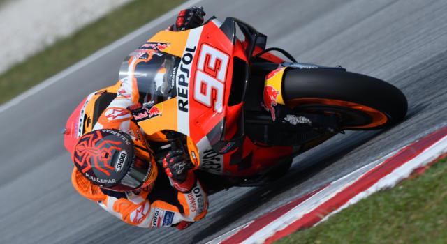 MotoGP, come sta Marc Marquez? Il braccio fa tanto male, ma al pomeriggio ci sarà