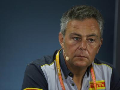 VIDEO F1, GP Sakhir 2020: Mario Isola torna dopo il Covid, Wolff e Steiner si scansano