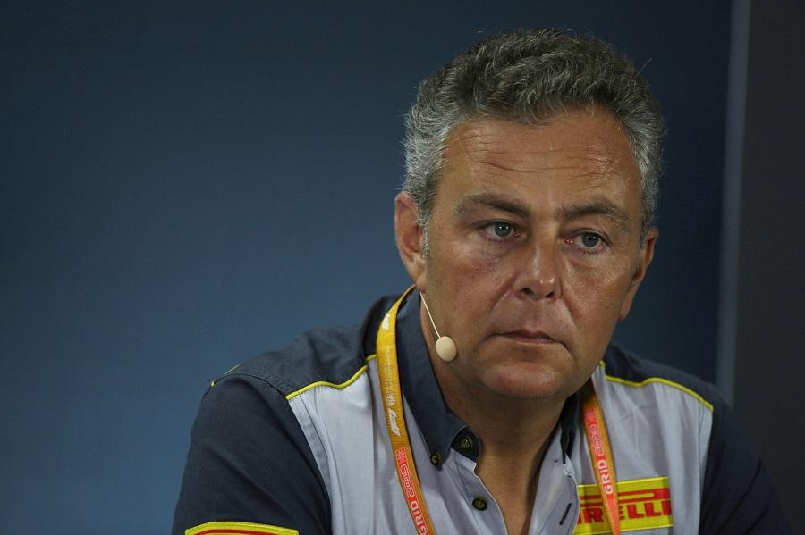 """F1, Mario Isola: """"Le gomme Pirelli del 2021 saranno più lente di quattro decimi rispetto al passato"""""""