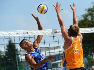 Beach volley, World Tour 2020 Lubijana. Quattro coppie azzurre in finale per l'accesso ai quarti