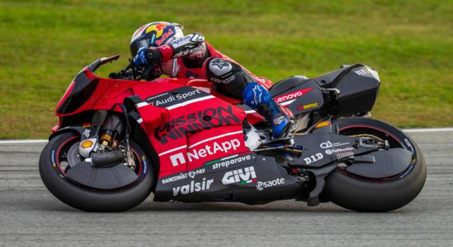 LIVE MotoGP, GP Aragon 2020 in DIRETTA: male Andrea Dovizioso, parte al palo Quartararo. Morbidelli in seconda fila