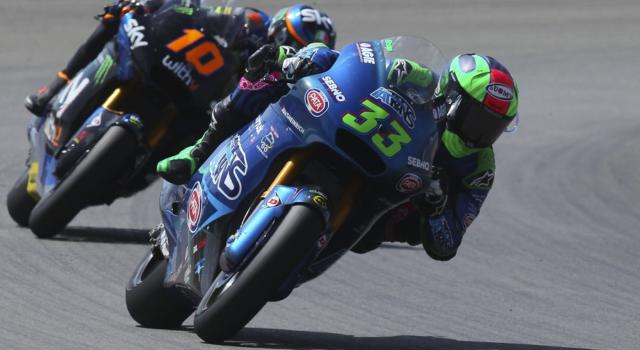 LIVE Moto2, GP Portogallo DIRETTA: Gardner svetta in Q2 davanti a Marini! Bastianini chiude 4° davanti a Lowes. Bezzecchi 12°