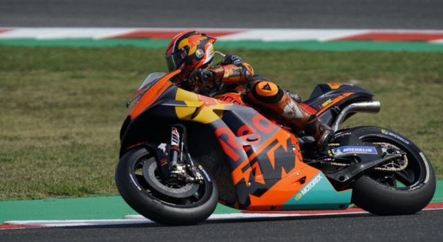 LIVE MotoGP, Styrian GP: race updates. Oliveira wins the race at the last turn
