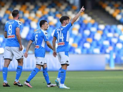 LIVE Napoli-Roma 2-1, Serie A calcio in DIRETTA: un tiro a giro di Insigne da la vittoria alla squadra di Gattuso. Pagelle e highlights