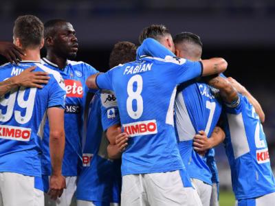 Napoli-Roma 2-1, Serie A: Callejon e Insigne lanciano i partenopei, agganciati i giallorossi al quinto posto