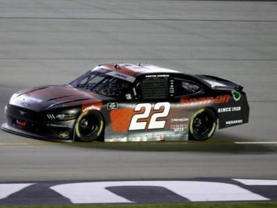 NASCAR Xfinity Series. Austin Cindric entra nella storia in Kentucky!